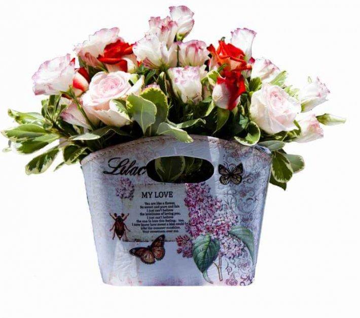 סידור ורדים בסגנון צרפתי