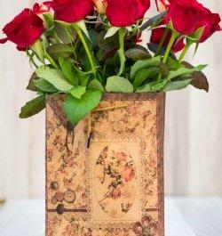 תיק עם פרחי ורדים
