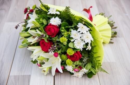 זר פרחים קליאופטרה