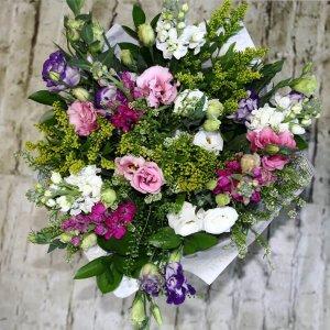 זר פרחים לארגו