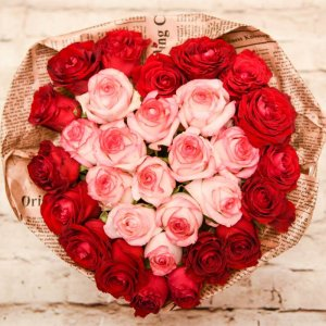 סידור פרחים - לב רומנטי