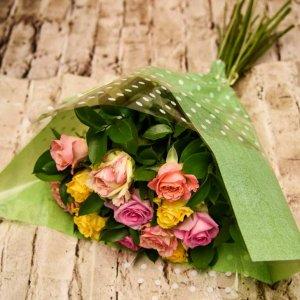 זר פרחים ביסלי